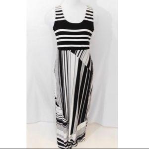 Versona Maxi Dress Sz M Black White Striped Classy